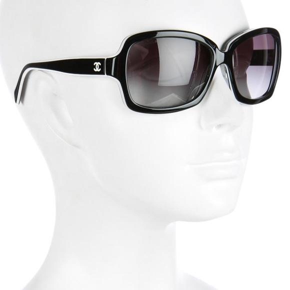 9a7ae12c5f2a4 CHANEL Accessories - CHANEL - 5143 Black Square Logo Sunglasses